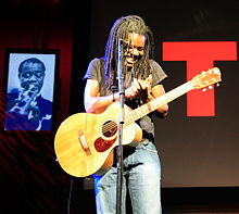 220px-tracy_chapman_at_ted_conference_2007_by_jurvetson.jpg